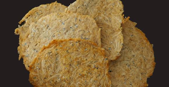 つなぎを一切使わず、生食できるほどの鮮度を保つシラスを使用