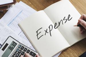 接待の手土産は「接待交際費」?接待の経理処理の基本