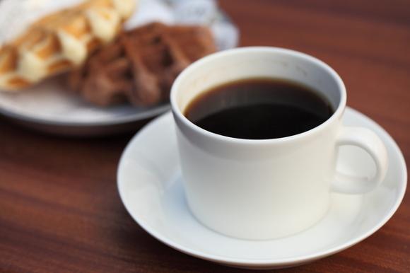 <POINT 4>お茶菓子は、気分転換にお出しするとベター