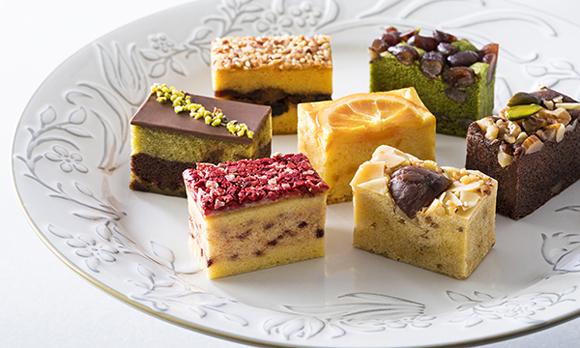 開けた瞬間笑顔になりそう♪ 華やか&しっとり食感のパウンドケーキ