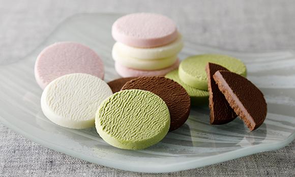 口の中で「ほろり」と溶ける。新感覚のショコラクッキー