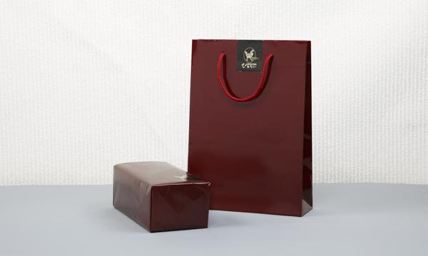 秋田比内地鶏 無添加ブロックハム2本セットの紙袋画像