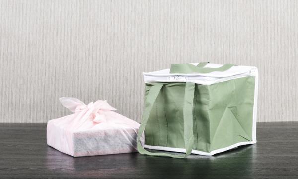 日本料理の逸店「割烹 とんぼ」 メープル西京焼き<漬魚(銀鱈・金目鯛・銀鰈)・豚肉(米沢豚)>の紙袋画像