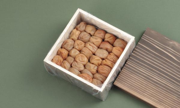 山森農園の梅干し500g【木箱】の箱画像