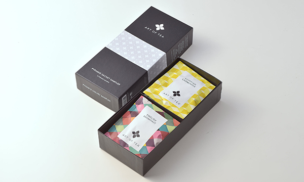 ART OF TEAアソートセット サシェ12袋の箱画像
