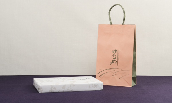 四ッ山漬(貝柱粕漬・海茸粕漬 詰め合わせ)の紙袋画像