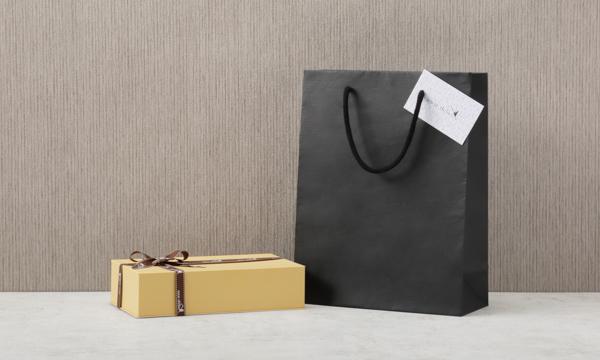 「おもてなし」ショコラの紙袋画像