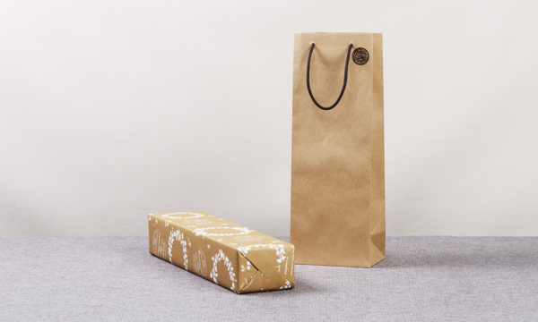 鰹のオリーブセット・鰹のオリーブオイル漬け1節+鰹のオリーブパテ2個 レシピ付きの紙袋画像