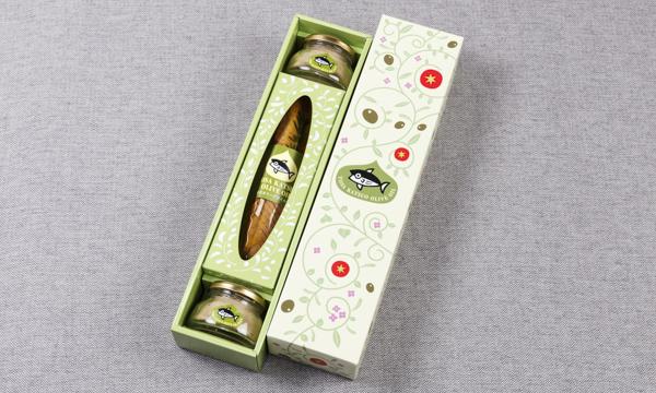 鰹のオリーブセット・鰹のオリーブオイル漬け1節+鰹のオリーブパテ2個 レシピ付きの箱画像
