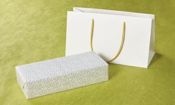 国産ハトムギ茶の紙袋画像