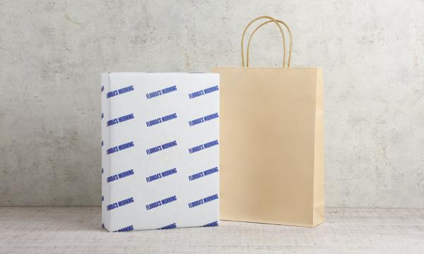 旬しぼり 日本の桃ジュースセットの紙袋画像