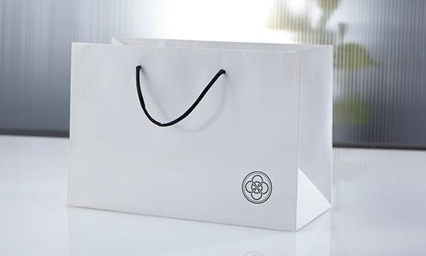 薬味 桐箱詰め合わせ(5本)の紙袋画像