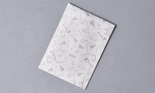 京友禅手染め絹のタブレット PC拭き「okkiiおふき」の紙袋画像