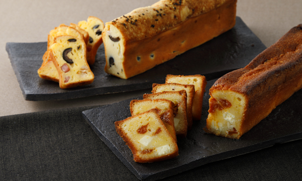 青山モノリス 前菜とデザートのチーズパウンドケーキ