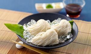 小林甚の島原手延素麺「島原の白絲」