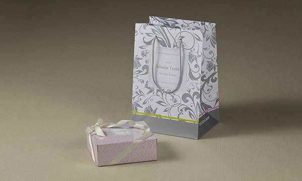白トリュフチーズケーキの紙袋画像