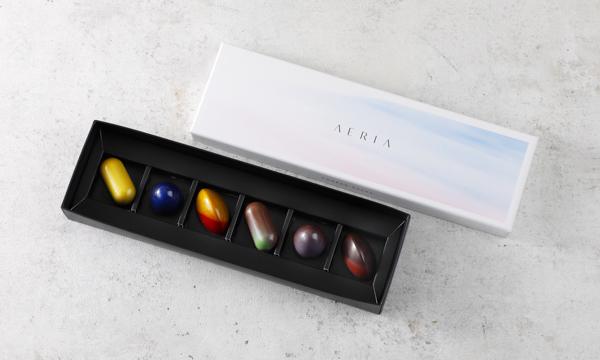 「アエリア」チョコレートボンボンの箱画像