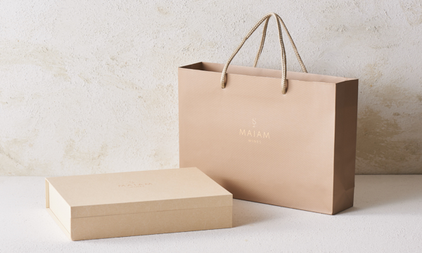 【MAIAM WINES】Etoile(フランス5大ワイン赤白5本セット)の紙袋画像