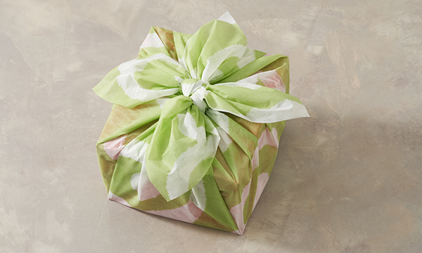 亀久堂・吉野葛御干菓子詰合せ2段重の包装画像
