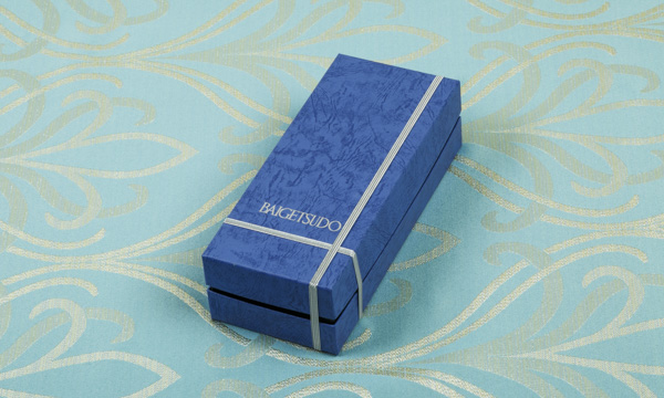 梅月堂 ガトー・ショコラ・クラシックプレミアムの包装画像