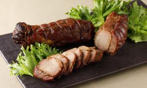 鹿児島産黒豚の炭焼き焼豚