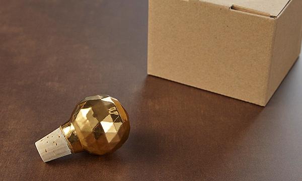 ワインストッパーの箱画像